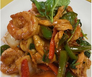 Spicy Thai Basil Shrimp & Chicken