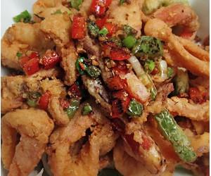 12d. Salt Pepper Calamari